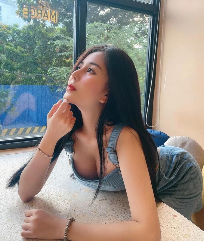Gu thoi trang nong bong cua hot girl 10X Vo Ngoc Tran-Hinh-2