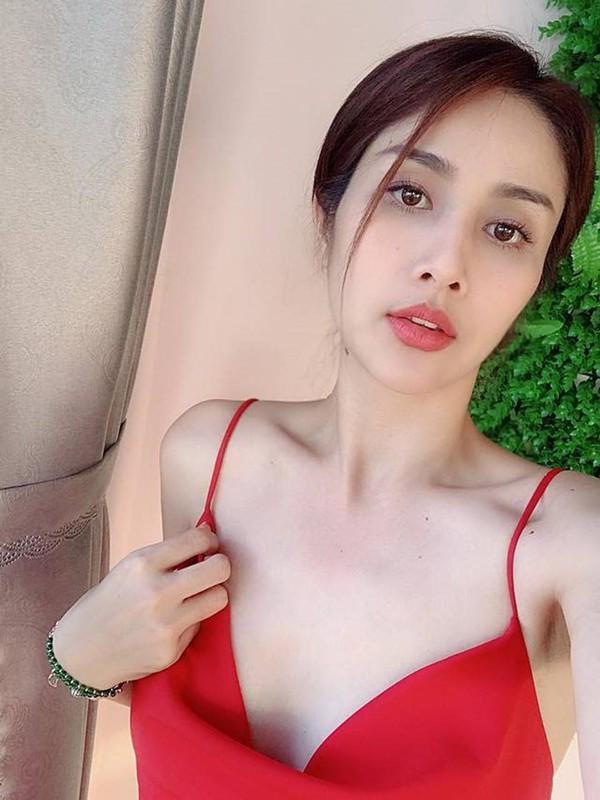 Tai hon voi chong kem 9 tuoi, Thao Trang chuong gu thoi trang nong bong-Hinh-7