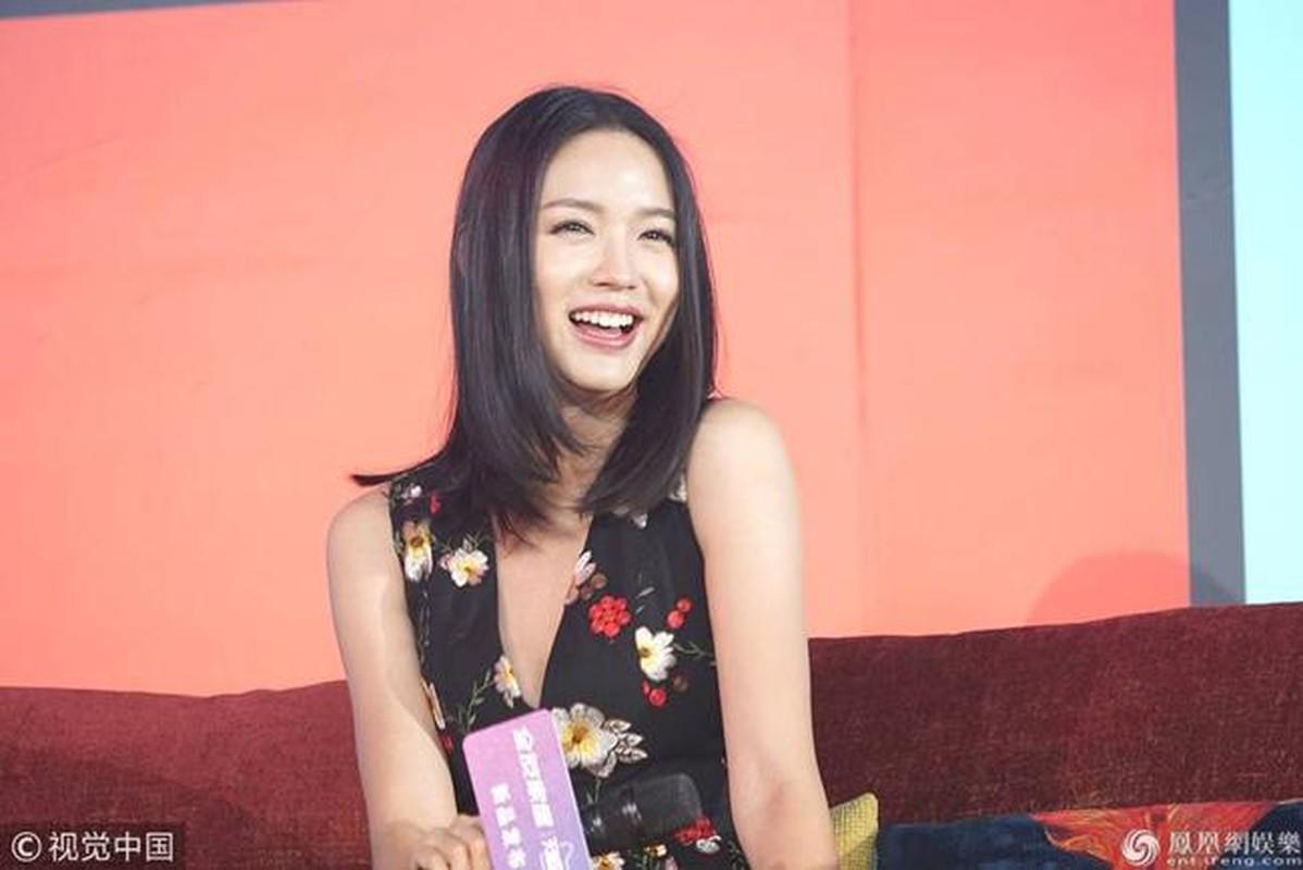 Hoa hau Trung Quoc duy tri voc dang cang tran bang cach…cho con bu-Hinh-4