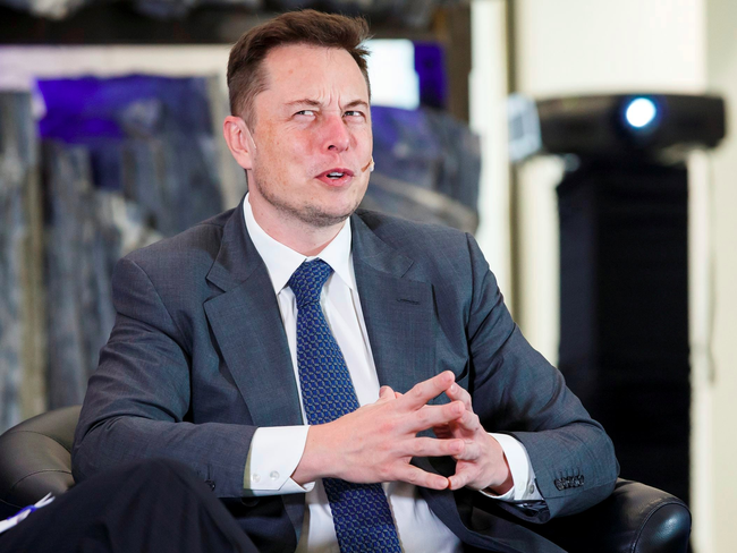 Phong cach lich lam cua ty phu vua mat ngoi giau nhat the gioi Elon Musk-Hinh-6