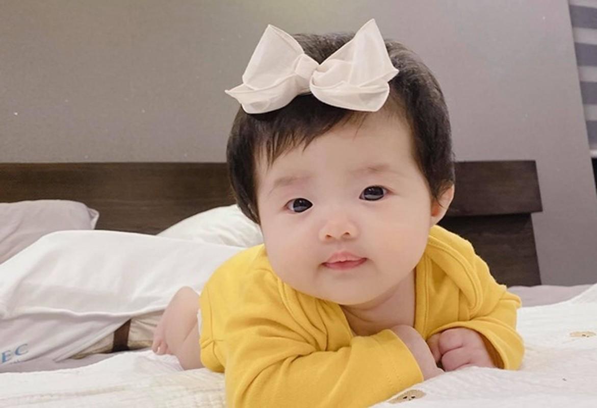 """Nhung khoanh khac cuc dang yeu cua """"tieu cong chua"""" nha Dong Nhi"""
