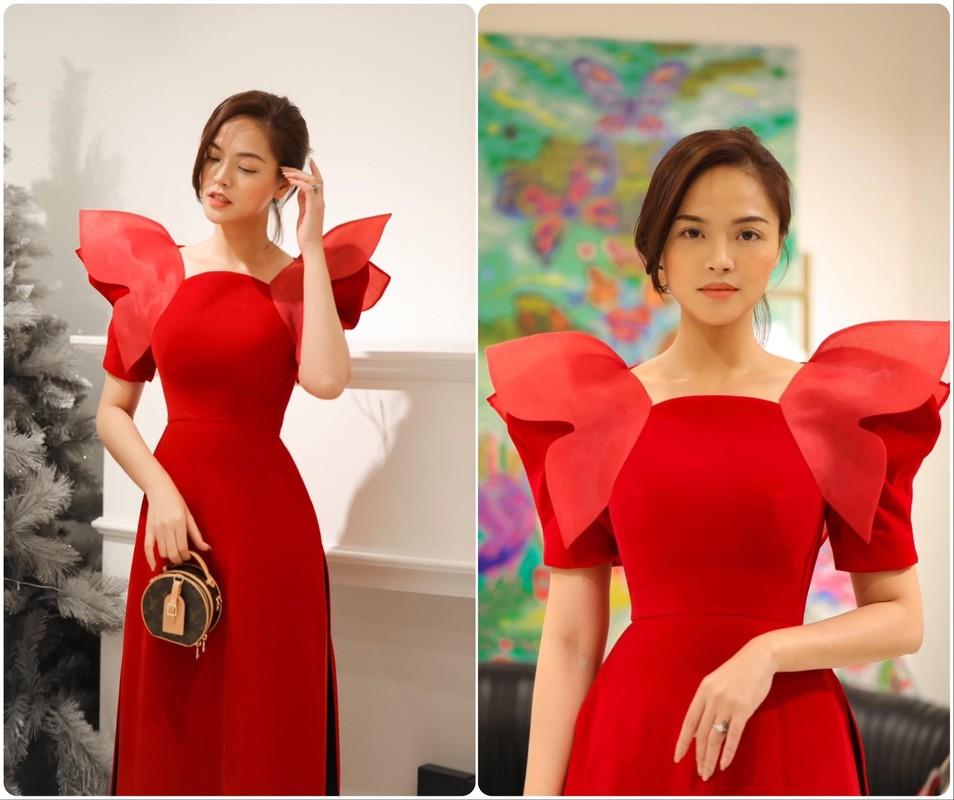 My nhan Viet thi nhau dien ao dai khoe dang dip can Tet-Hinh-10