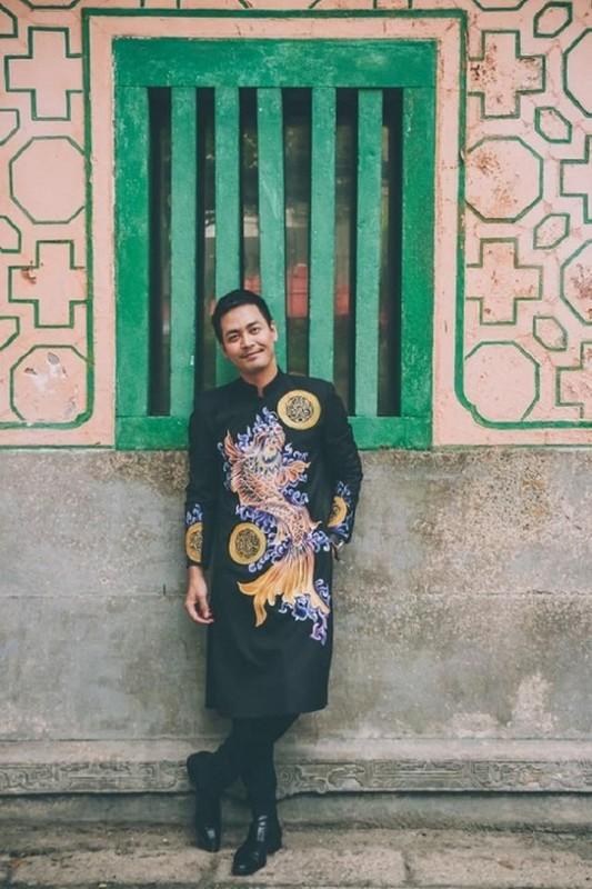 Tinh tre Le Quyen va cac sao nam dien ao dai don Tet cuc nam tinh-Hinh-9