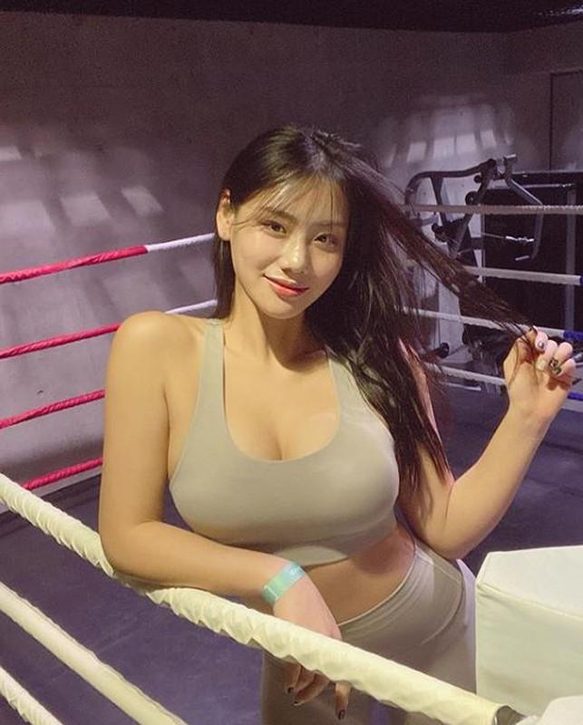 Huan luyen vien gym Han co voc dang dep nhu mo du khong an kieng-Hinh-9