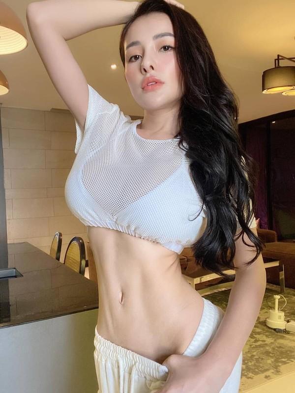 """Hot girl Ngan 98 va nhung man dien trang phuc sexy khoe body """"boc lua""""-Hinh-5"""