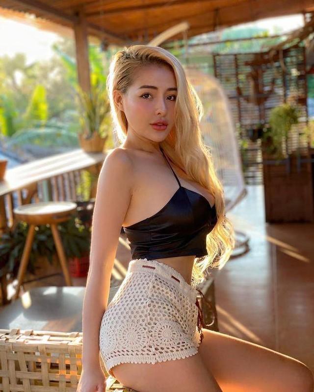 """Hot girl Ngan 98 va nhung man dien trang phuc sexy khoe body """"boc lua""""-Hinh-6"""