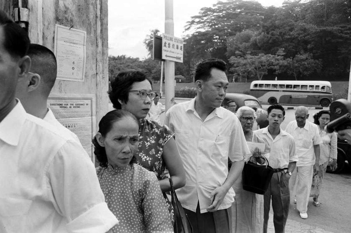 Anh: Ong Ly Quang Dieu trong cuoc tong tuyen cu Singapore 1959-Hinh-3