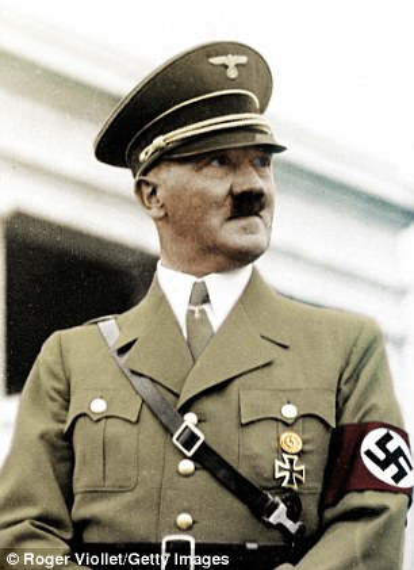 He lo ke hoach xam luoc dao sieu dien ro cua Hitler