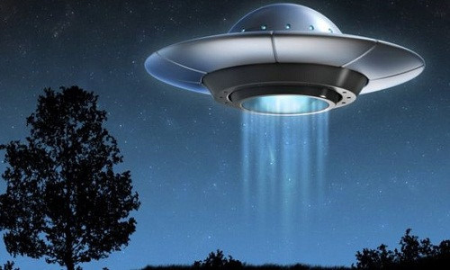 Dau tich giat minh ve can cu UFO trong rung ram nuoc Anh-Hinh-9