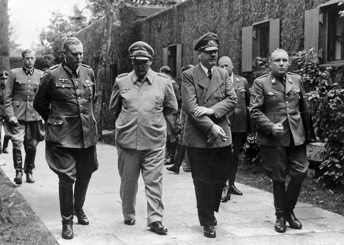 Tiet lo nong ve thu ky tuoi Ty cuc lai hai cua Hitler-Hinh-3