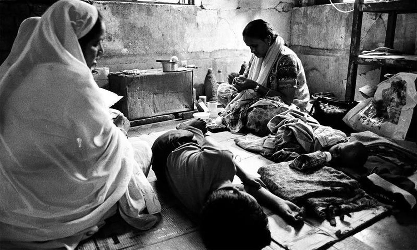 Kinh hoang tham kich khien hon 2.000 nguoi chet nam Giap Ty 1984-Hinh-10