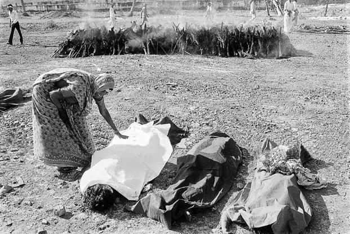 Kinh hoang tham kich khien hon 2.000 nguoi chet nam Giap Ty 1984-Hinh-6