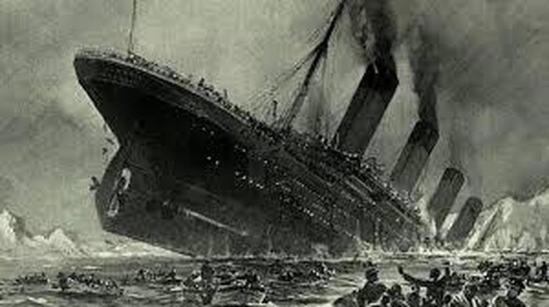 Thuyen truong Titanic lam gi khi tau chim?-Hinh-7