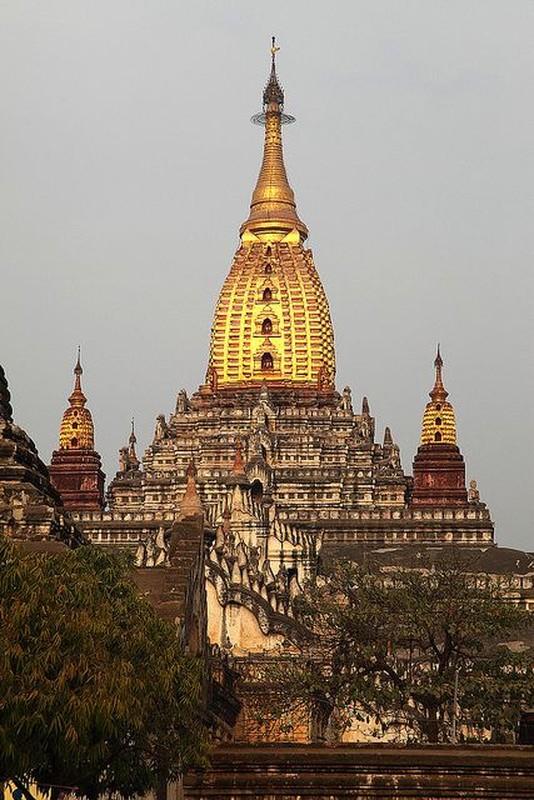 Vung dat co hang ngan ngoi den, bao thap linh thieng o Myanmar-Hinh-7