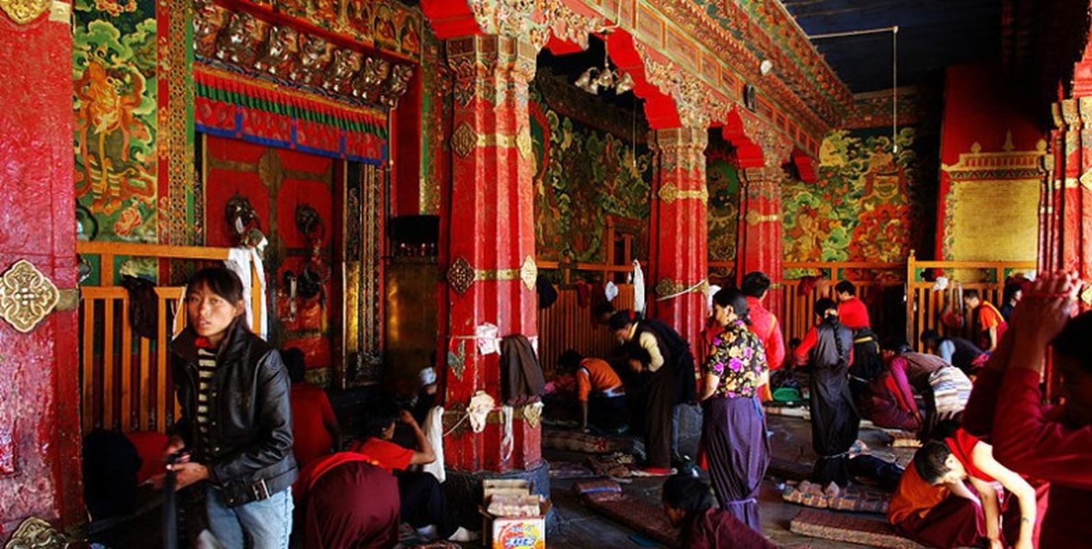 Kham pha ngoi chua linh thieng noi tieng Tay Tang-Hinh-10