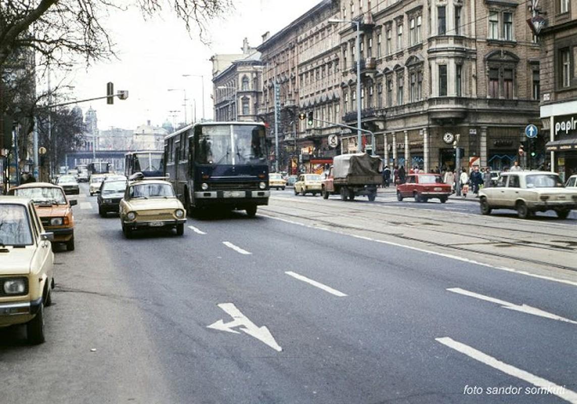Bo anh mau tuyet dep Budapest nhung nam 1980-Hinh-10