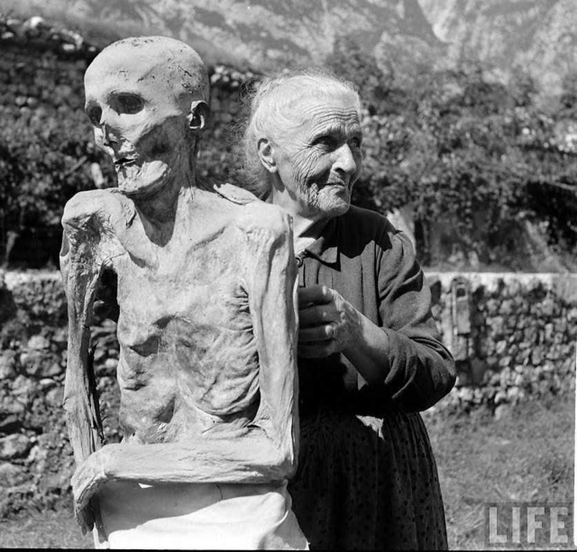 Doc dao xac uop tu nhien o Italy nhung nam 1950-Hinh-5
