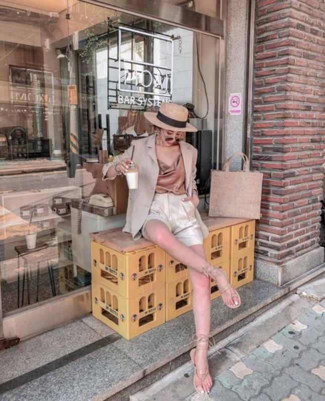 Trang phuc mua he sieu hot giup nang hack chieu cao