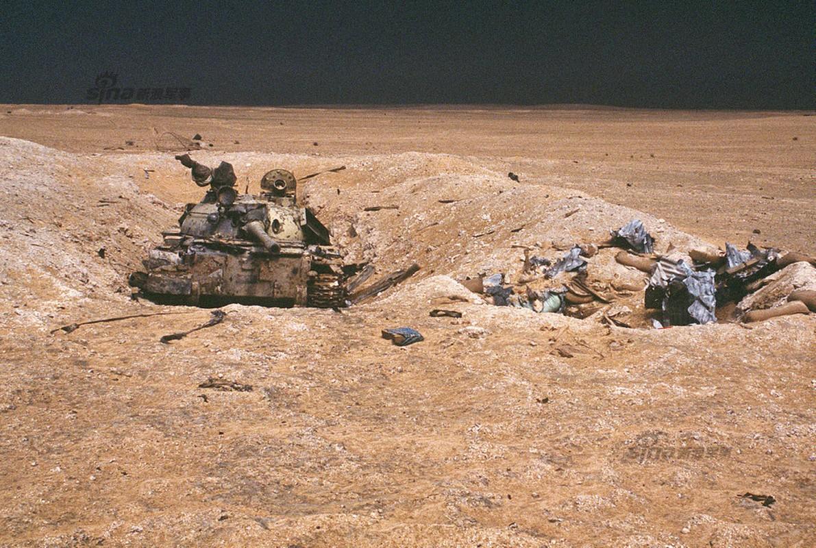 Nhoi long loat anh xe tang T-55 bi huy diet-Hinh-10