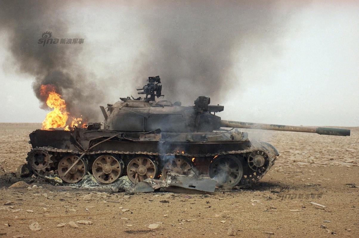 Nhoi long loat anh xe tang T-55 bi huy diet-Hinh-2
