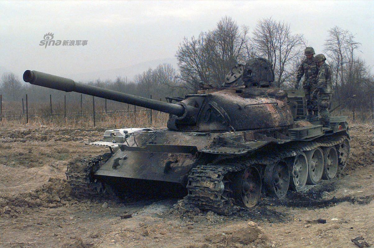 Nhoi long loat anh xe tang T-55 bi huy diet-Hinh-6