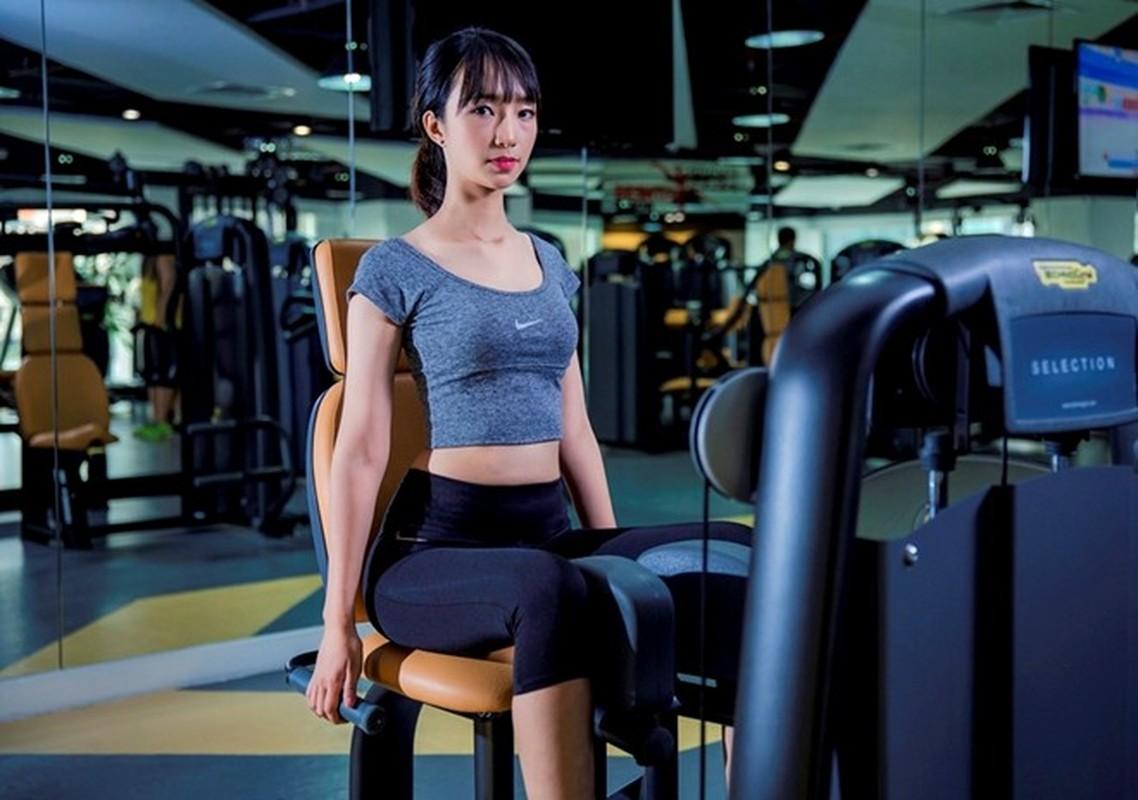 Ngam dan hot girl DH Ngoai Thuong khoe eo thon, chan dai-Hinh-9
