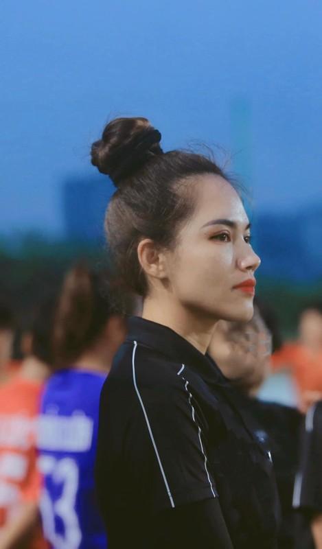 Lo danh tinh nu trong tai Viet Nam duoc netizen san don rao riet