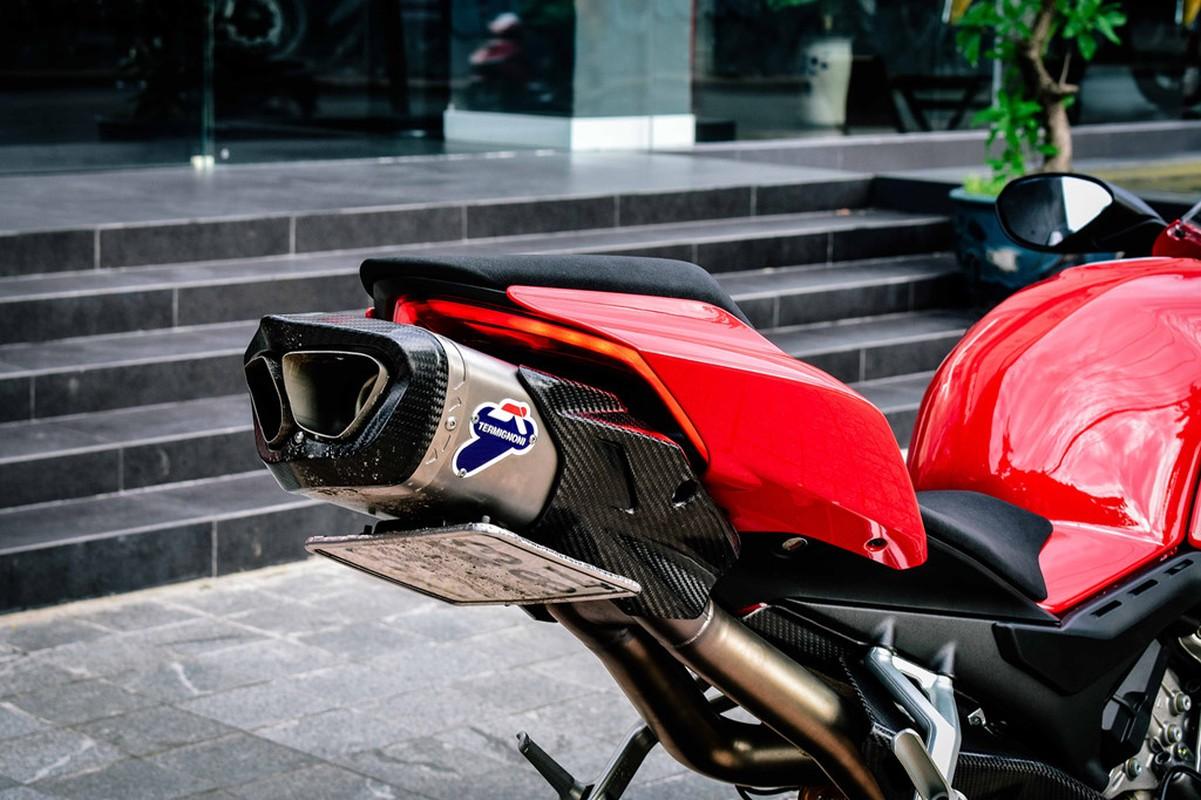 Ducati Panigale V4S do po gan 200 trieu dong o Sai Gon-Hinh-3