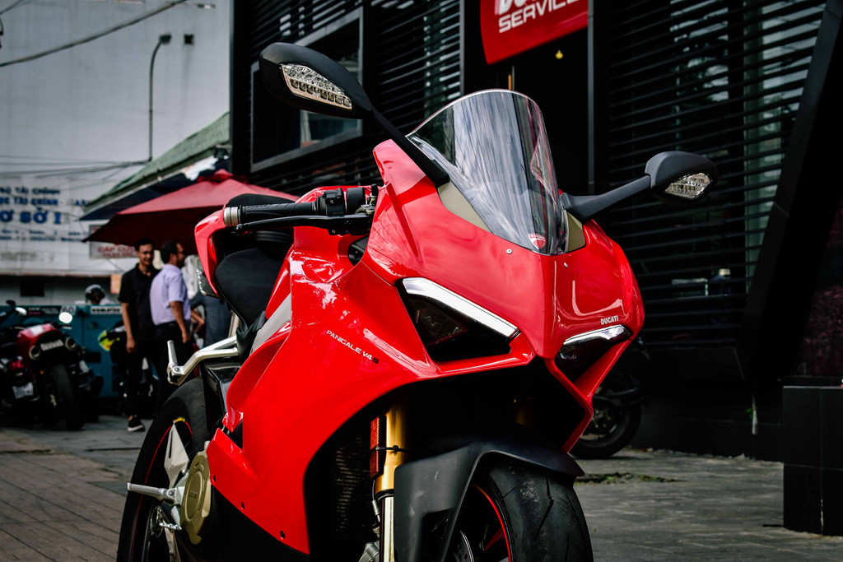 Ducati Panigale V4S do po gan 200 trieu dong o Sai Gon-Hinh-4