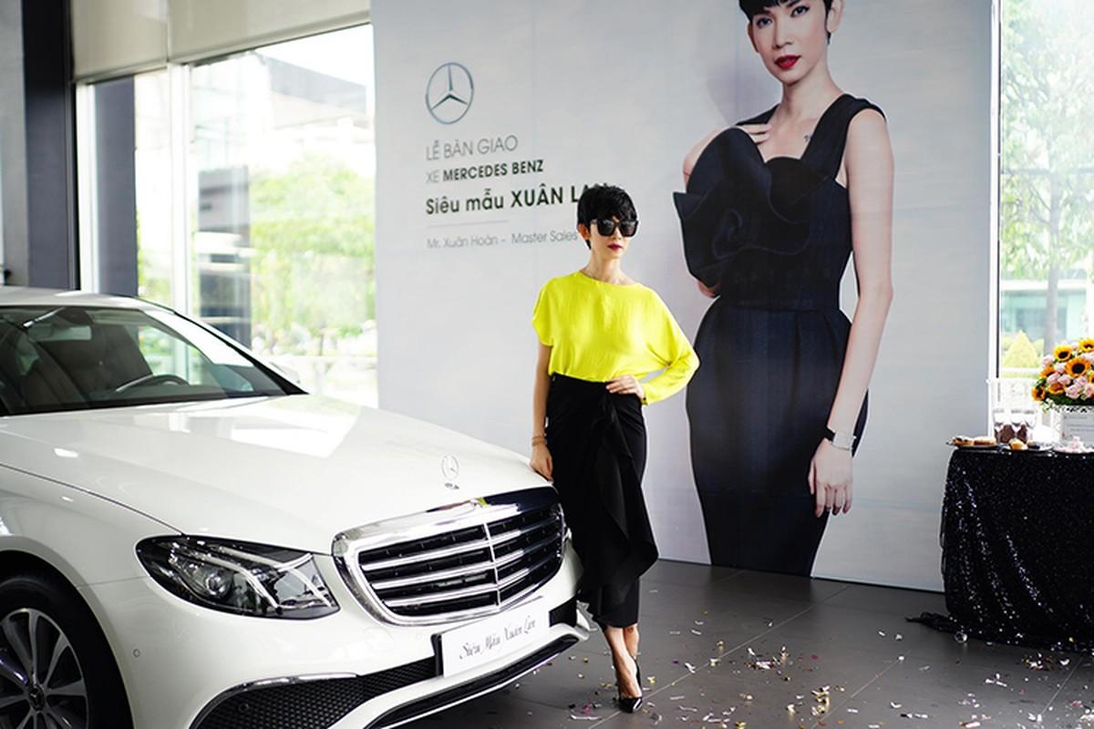 Sieu mau Xuan Lan tau xe sang Mercedes-Benz E200 hon 2 ty-Hinh-2