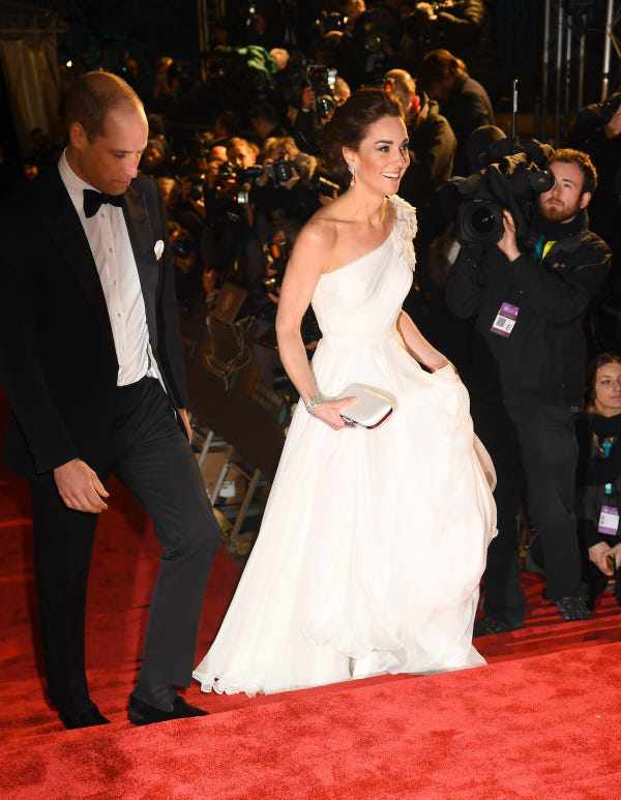 Kate Middleton mac vay coc tay dep nho co bi quyet nay-Hinh-3
