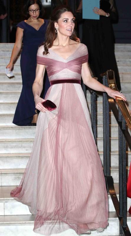 Kate Middleton mac vay coc tay dep nho co bi quyet nay-Hinh-5