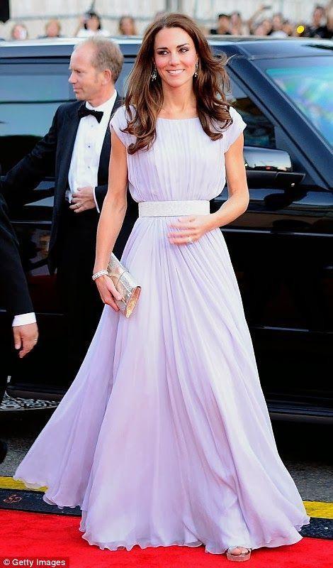 Kate Middleton mac vay coc tay dep nho co bi quyet nay-Hinh-7
