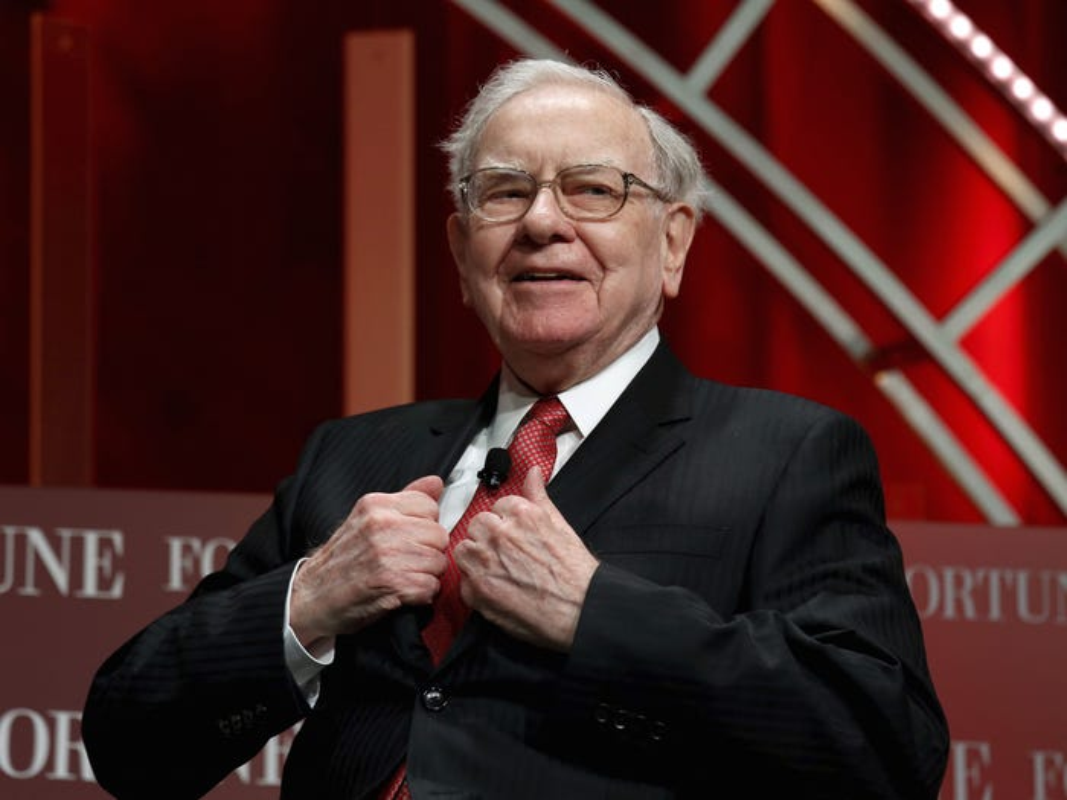 """So huu hon """"100 ty USD""""... khong tuong tuong noi Warren Buffett tieu tien kieu nay-Hinh-4"""