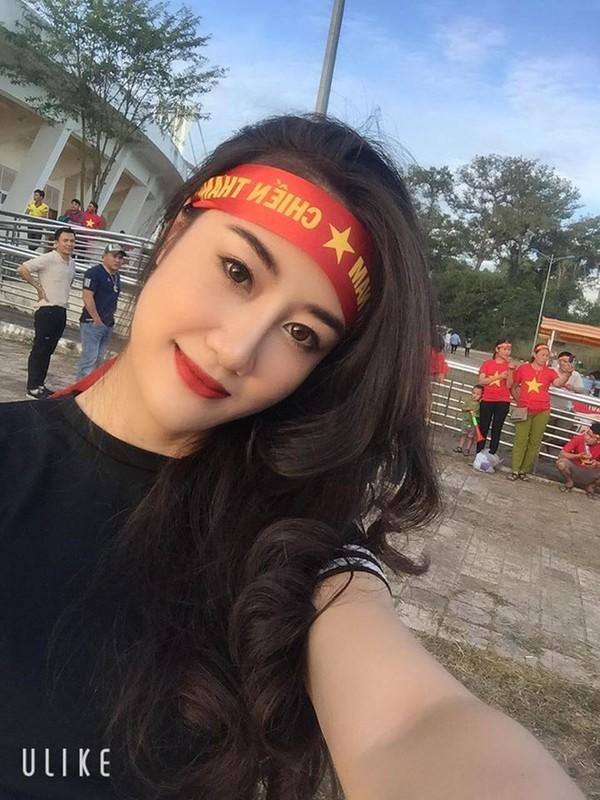 CDV nu DT Viet Nam tai Lao duoc san lung vi voc dang qua dep-Hinh-5