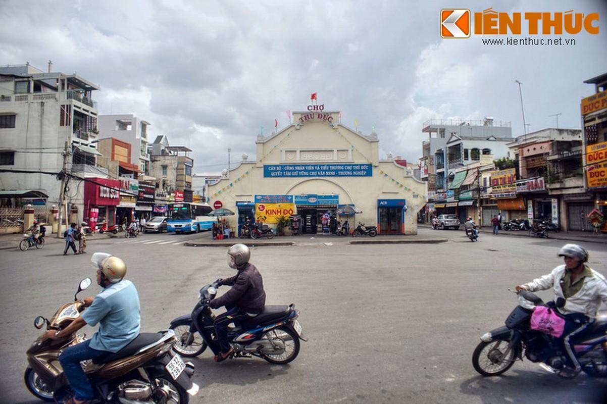 Kham pha ngoi cho co hoanh trang cua vung dat Thu Duc-Hinh-2