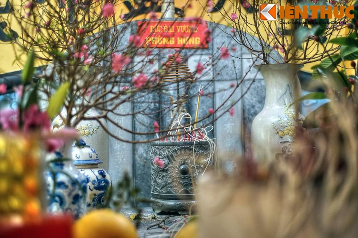 Can canh lang mo giua pho phuong Ha Noi cua vua Phung Hung-Hinh-10