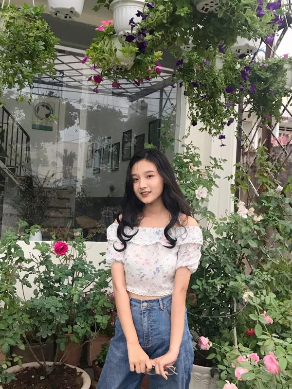Nu sinh 10X da xinh lai con co tai, chuan mau vo tuong lai-Hinh-10