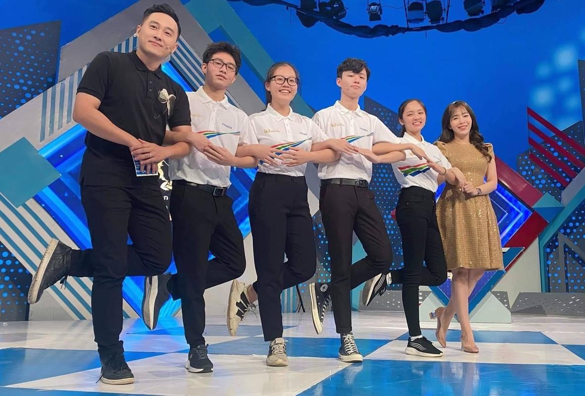 Co gai dau tien chien thang Duong len dinh Olympia 2021 la ai?-Hinh-5