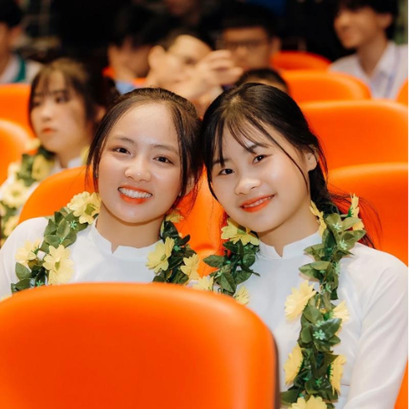 Co gai dau tien chien thang Duong len dinh Olympia 2021 la ai?-Hinh-8