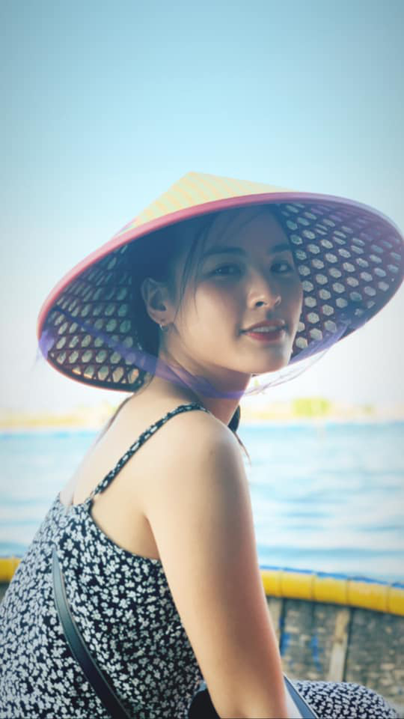 "Phong cach gian di cua nu MC gay sot tai ""Chuyen dong 24h""-Hinh-3"