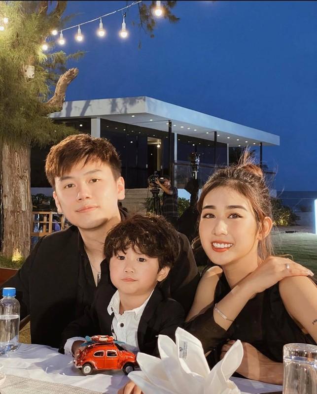 De thuong nhu gia dinh Xoai di dau cung mac dong phuc ton-sur-ton-Hinh-9