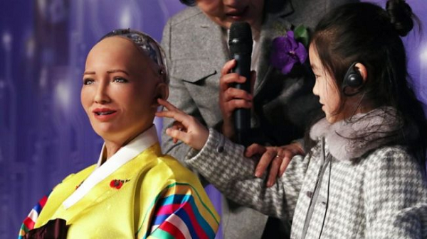 Robot Sophia tung muon huy diet loai nguoi nay thich lam nhac si-Hinh-12