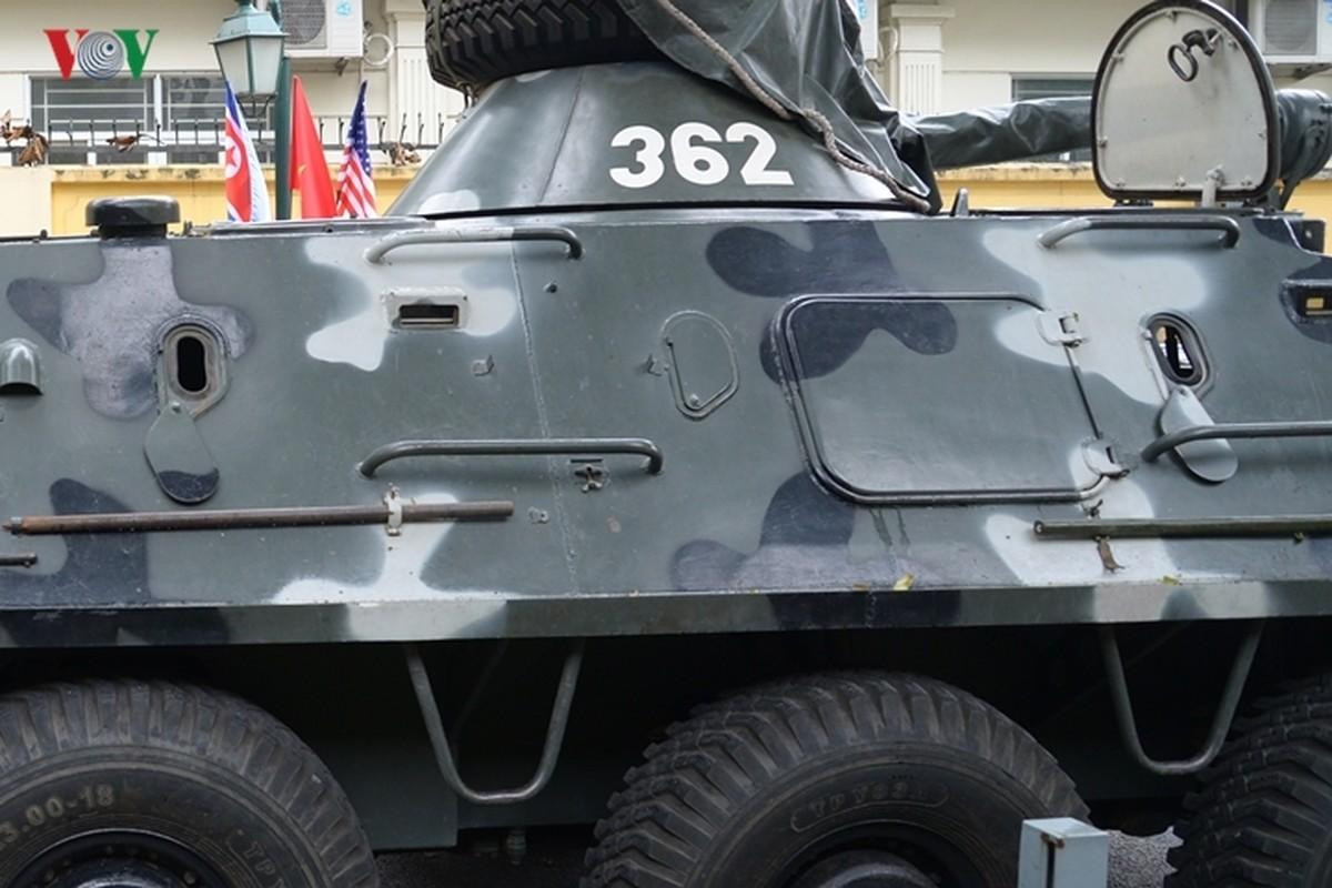 Can canh xe thiet giap BTR-60PB trong bien che quan doi Viet Nam-Hinh-15