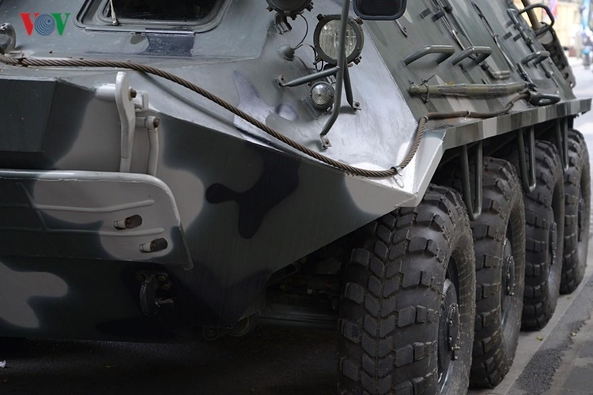 Can canh xe thiet giap BTR-60PB trong bien che quan doi Viet Nam-Hinh-19