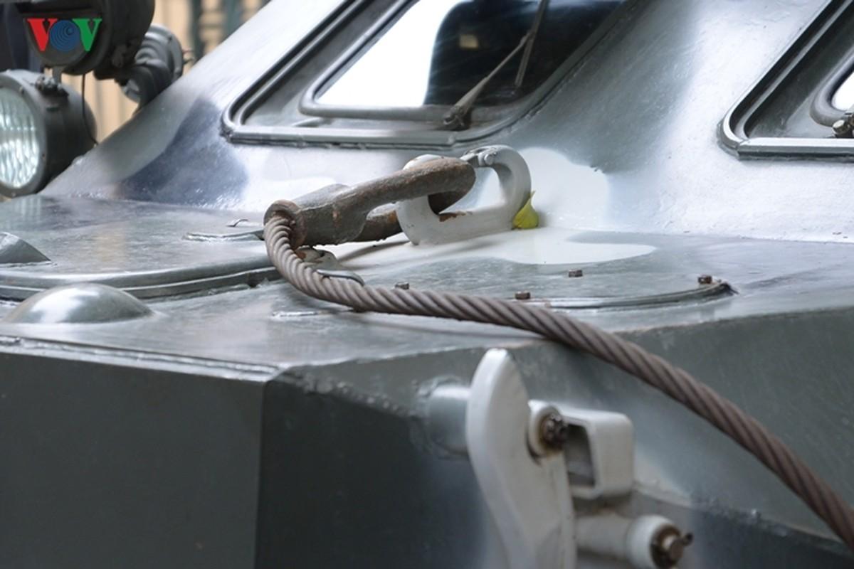Can canh xe thiet giap BTR-60PB trong bien che quan doi Viet Nam-Hinh-20