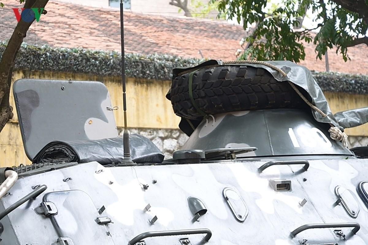 Can canh xe thiet giap BTR-60PB trong bien che quan doi Viet Nam-Hinh-22