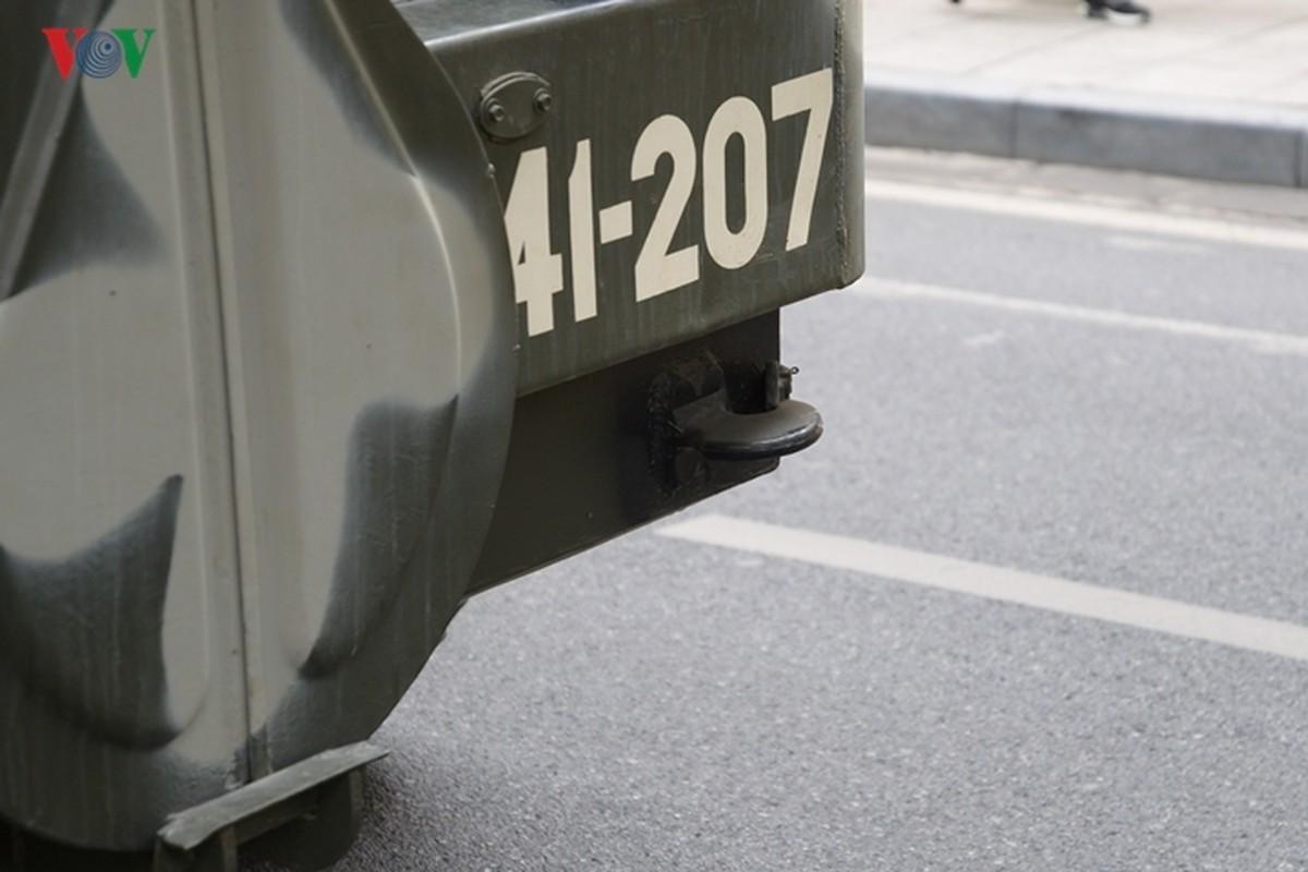 Can canh xe thiet giap BTR-60PB trong bien che quan doi Viet Nam-Hinh-24