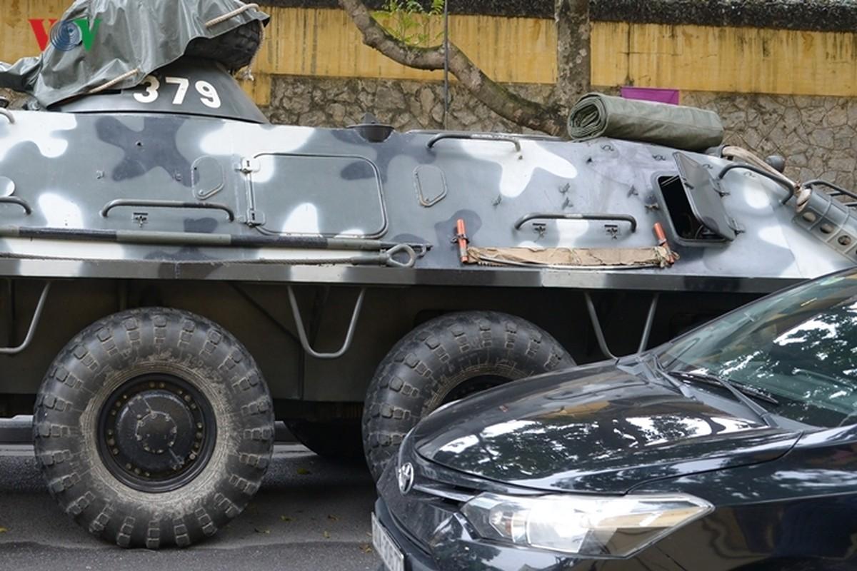 Can canh xe thiet giap BTR-60PB trong bien che quan doi Viet Nam-Hinh-6