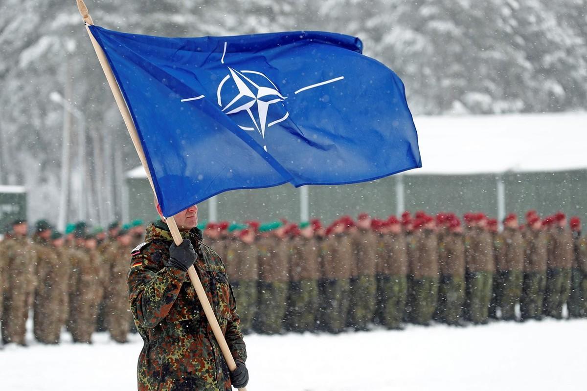 Am muu cua NATO khi kich hoat